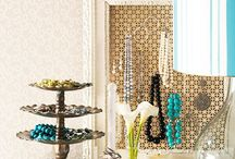 Jewelry and makeup storage / by Leslie Carroll