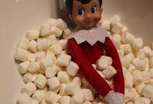 elf on the shelf / Our little elf