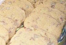 Snacks / Brown sugar pecan cookie
