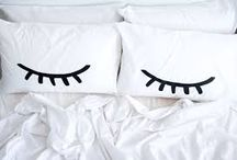 •pillow•