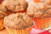 Muffin Tin Recipes / Who knew you could make so many healthy recipes in the form of a muffin? Here are some of our favorites. Get that muffin or cupcake tin ready!