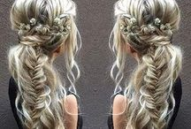 kytice ve vlasech
