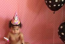Kenzies 1st Birthday Cake Smash / Photos taken by me of Kenzie doing her cake smash on her first birthday..