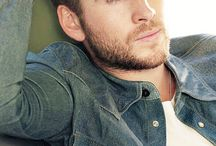 < Hemsworth >