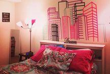 Fitas colantes / Arte na parede com fita isolante e outras fitas