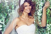 Gelinlik / Wedding Dresses / Türkiye'de ki En Seçkin Moda Evlerinden İncili Taşlı, Dantelli, Tesettürlü & Kapalı, Sade, Kabarık ve Daha Birçok Rüyaları Süsleyen Gelinlik Modelleri Tek Tıkla ve Özel İndirimlerle Gelindamat.com'da!