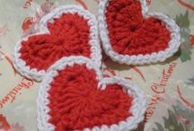 Crochet Hearts / Free patterns and ideas