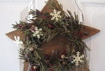 Wooden star w wreath