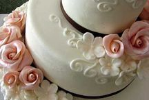 wedding cake / by Lynnette Thramer