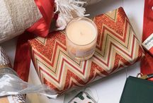 Jetsetter Gift Guides / Chic and affordable gifts for everyone in your life.