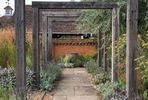 zahradní konstrukce, sochy