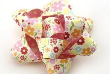 DIY pretty and clever gift wrapping / DIY gift wrapping, DIY gift wrapping with household items / by JME