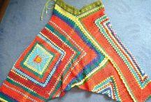 Háčkované nohavice