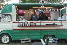 The Bini Van Experience / Nuestra food truck para tu boda en el Empordà. Después del baile tus invitados querrán comer algo más. También puedes ofrecer gambas, mediana o verduras a la brasa para hacer al momento. ¡La Bini Van es todo lo que tu quieras! http://www.saocatering.com/bini-van/