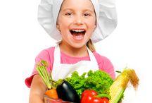 Eats for Kids / by Rose Ring Peluso