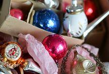karácsonyfadíszek