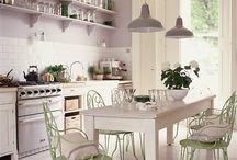 Kitchens / by Antonija Luketić