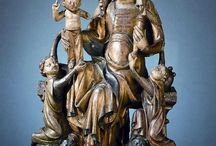 Madonna on lions