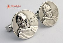 Cufflinks / Add a dash of elegance and style to your formal attire.