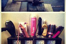 Beauty storage / by Lindsey Hemmer