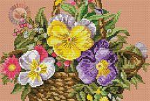 Schema punto croce fiori nel cesto
