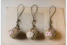 Crochet Baubles / by Carol (ramblingoftherose.wordpress.com)