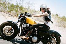 Girls on bike- Bikers Babes / bikers