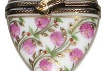 Limoges porcelain boxes / by Piyada Suwanrath