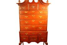 Queen Anne Furniture / Mid to late 18th Century Queen Anne furniture