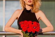 Sesje zdjęciowe z Caprice Castillo / Wyjątkowe sesje zdjęciowe z modelką Caprice Castillo ukazuje piękno klasycznych kwiatów w niecodziennym wydaniu!