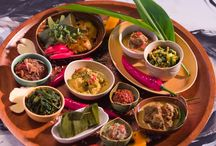 Balinese Food / Here there are some pictures about the most traditional dishes you can find in Bali.