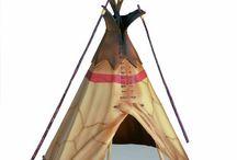 Indianer Spielhaus / Indianer Spielhaus ist perfekt für Spielen im Außenbereich; entweder im Garten, auf dem Strand oder auf dem Spielplatz. Die Einfachheit, mit welcher Kinder das Indianer-Zelt Outdoor aufstellen kann, ist sehr hilfreich für Kinder, die durch Aufbau des Zeltes ein Erfolgserlebnis erfahren können. http://www.kleinelefant.de/indianer-spielhaus/