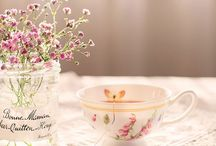 Time for tea / tea, cups