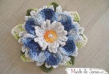 flores de crochês