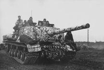 ISU-122 heavy self-propelled gun / Ciężkie działo sambieżne ISU-122