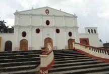 Arquitectura-Historia / This is a monastery  Una mezcla de historia y arquitectura de alrededor de mas de 400 años