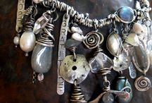 JEWELs_necklace...