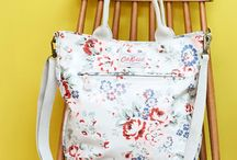 How cute is this / Large spray crossbody bag