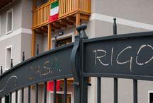 CASA RIGO- Rosalia / piano terra, camera con letto matrimoniale e camera con letto singolo, bagno con doccia e soggiorno con angolo cottura e divano letto due piazze.