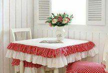cama, mesa e banho