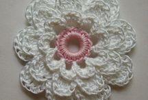 kvety hačkované a pletené