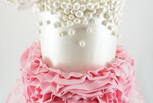 Wedding cakes / by Anna Sousa-Wilkie