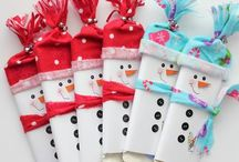 Fall/Winter / including Halloween, Thanksgiving, Christmas, New Years, Valentine's Day (crafts, decorations,...)