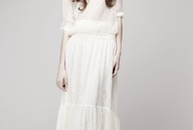 A Dress For The Bride / by Alia Wilson