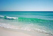 Miami / My City!!! Born and raised here!! This city is beautiful. / by Aida Prado