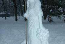 Žetelica s grabljama / The sculpture of reaper woman with rake