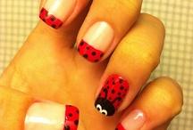 Nails / Uñas pintadas