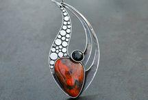 Cabochon pendants