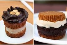 Food: Dessert / by Danielle O'Haren