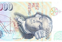 Científicos en billetes / Científicos en billetes / by DesEquiLIBROS